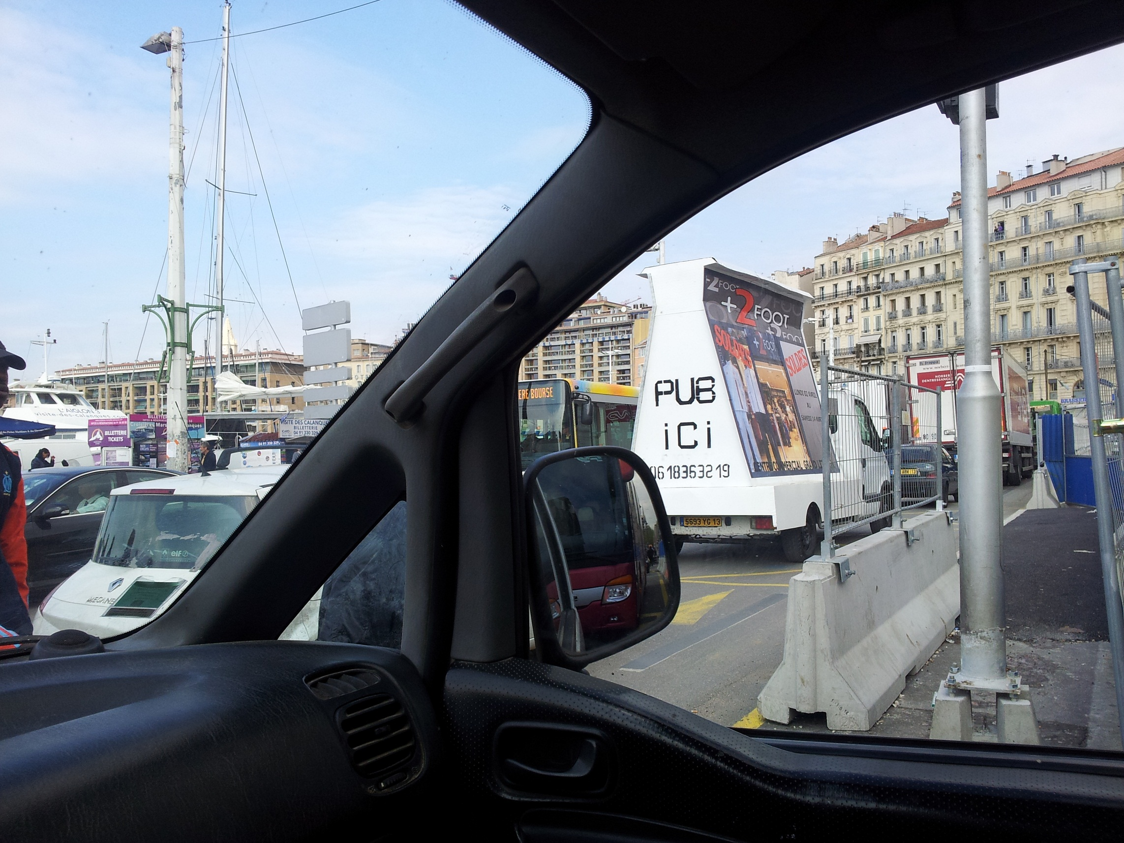 affichage mobile cannes camion publicitaire marseille street marketing. Black Bedroom Furniture Sets. Home Design Ideas